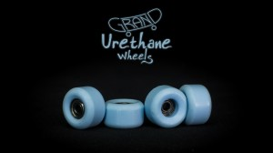 Grand Fingers Urethane bearing wheels - light blue