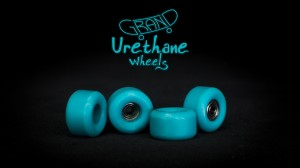Grand Fingers Urethane bearing wheels - turquoise