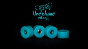 Grand Fingers Urethane bearing wheels MONSTER 9,66 - turquoise